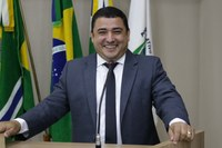 Adenilson apresenta três Requerimentos ao Poder Executivo sinopense