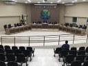 Dois vereadores voltam de licença e Câmara aprova quatro projetos na 33ª sessão
