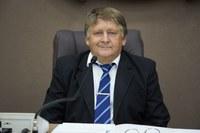 Remídio Kuntz solicita áreas de lazer com banheiros públicos
